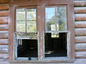 About the Sopchoppy Preservation and Improvement Association - Log Cabin Window