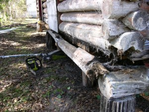 Sopchoppy Preservation and Improvement Association - Log Cabin Detail